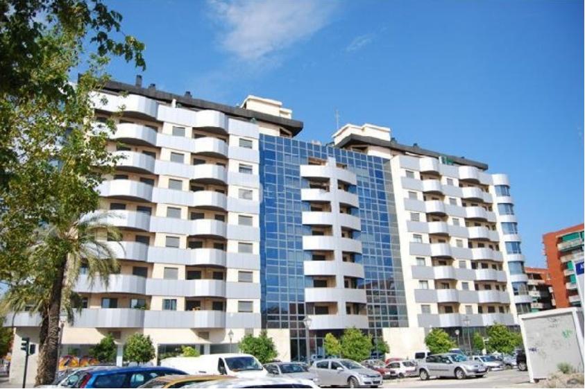 Ref. V106 – Atico de tres plantas, zona Avenida de Francia