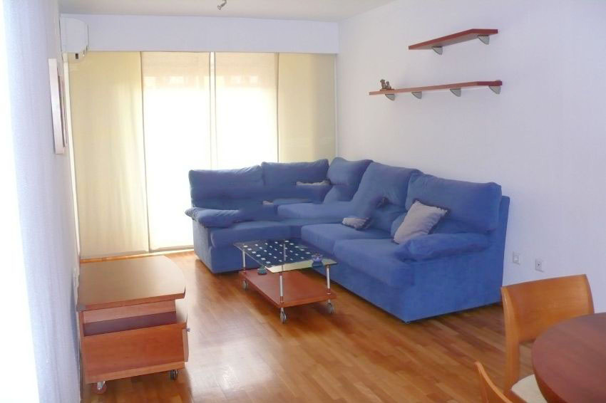 Ref. 408. Piso de 2 habitaciones en alquiler en Arrancapins