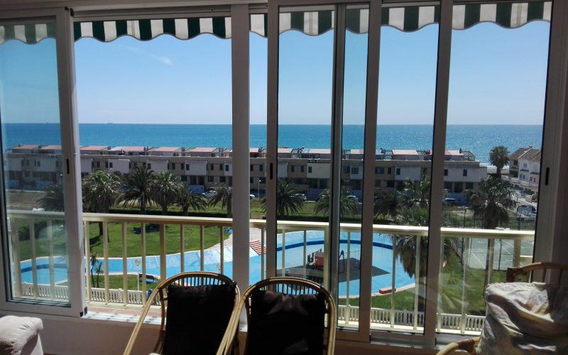vistas al El Puig playa desde el apartamento