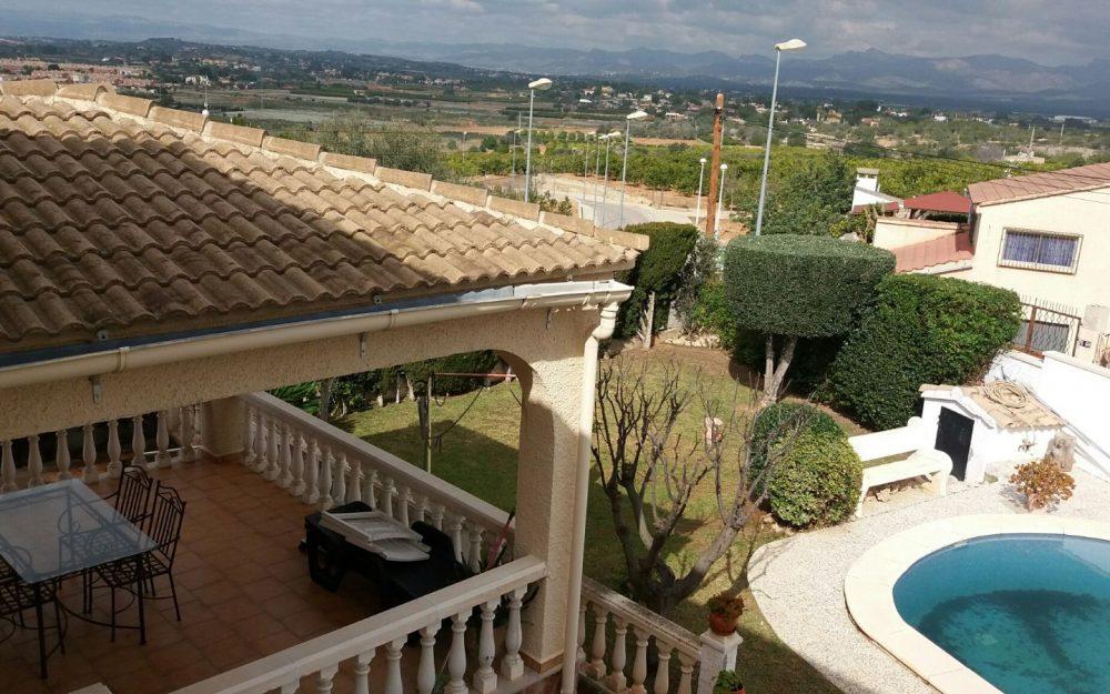 Ref. 000483- Villa with pool for rent in La Pobla de Vallbona, Valencia