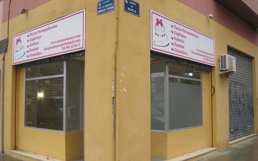 Ref. 000568 – Local comercial en alquiler en Malilla