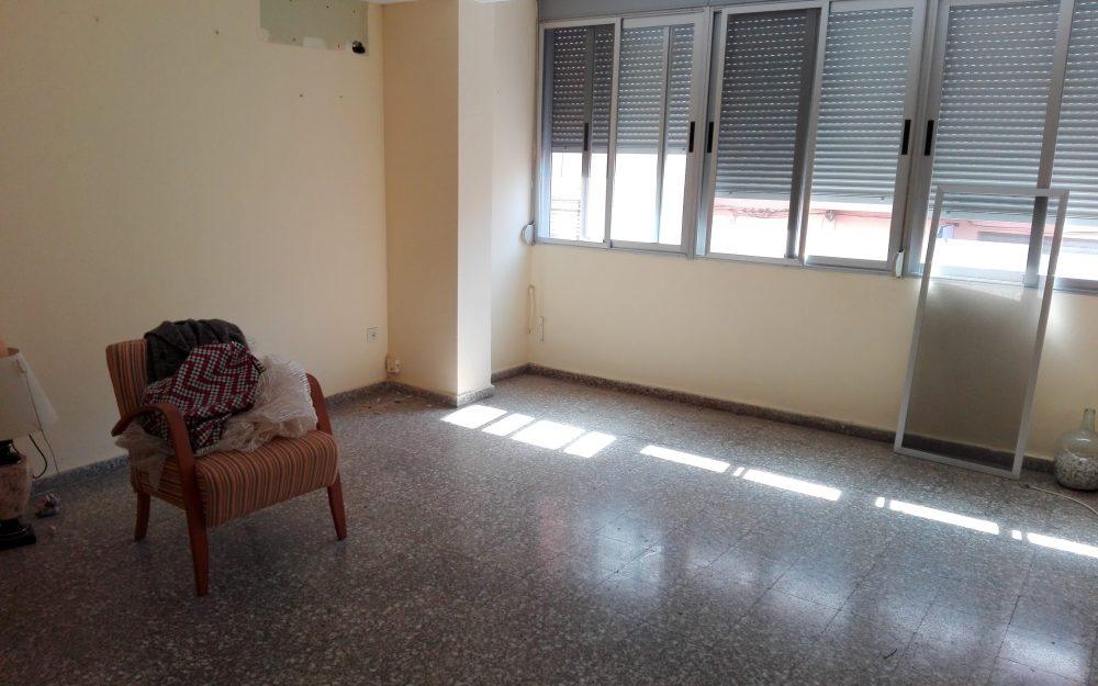 Ref. 000635 – Piso sin muebles en Moncada