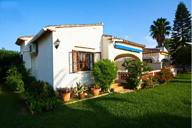 Ref. 000681- Semi-detached house for sale in Les Marines