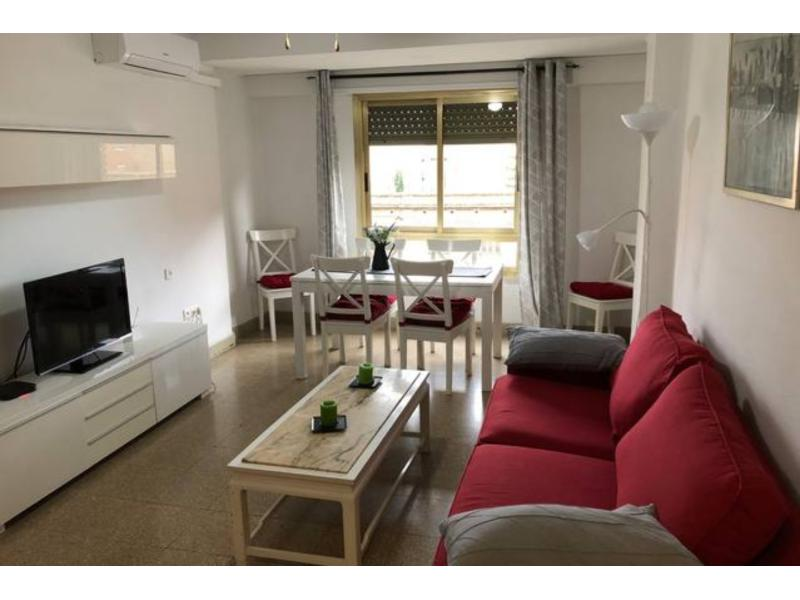 Ref. 000772 – Apartment for 4 students in city centre Valencia