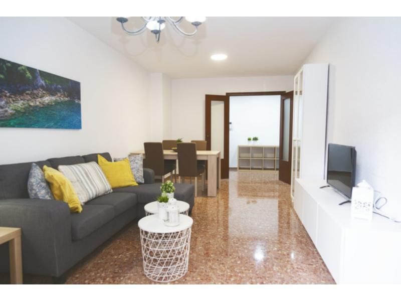 Piso en alquiler en Mestalla, Valencia – Ref.000812