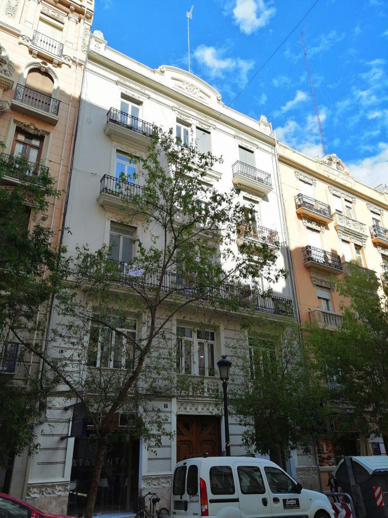 Appartement à réformer à Gran Via – opportunité! – Réf. 000836