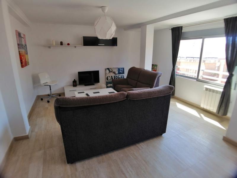 Apartment for rent in Moncada – Ref. 000844