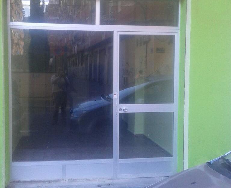Local comercial en alquiler en L´Hort de Senabre (Valencia) – Ref. 000979
