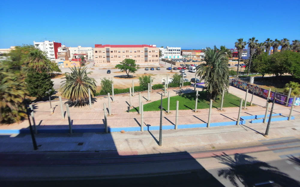 Apartment for rent in El Cabanyal-El Canyamelar – Ref. 000999