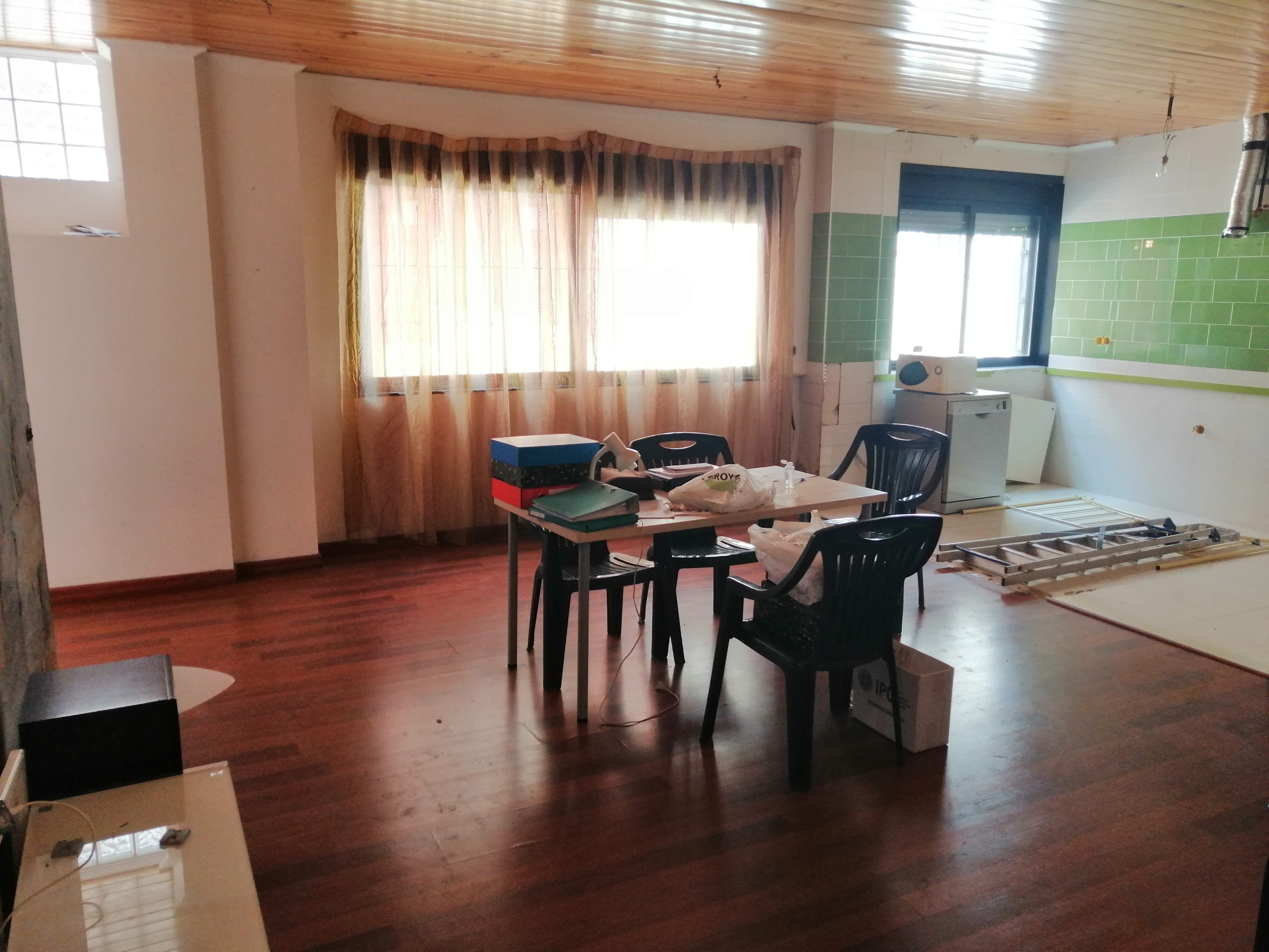 Piso de 2 habitaciones en alquiler en Albalat dels Sorells – Ref. 001005