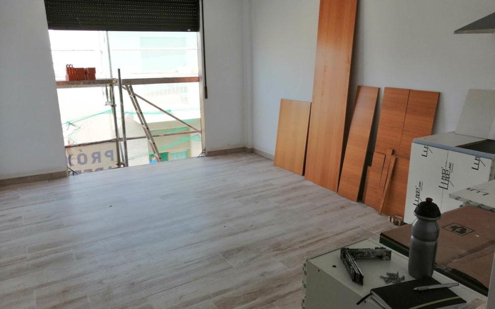 Studio-apartments for students, with double bedroom in Alfara del Patriarca – Ref. 001003