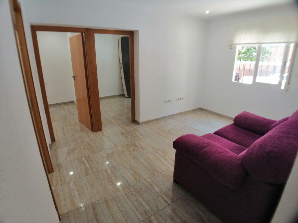 Apartment for rent in Moncada – Ref. 001016