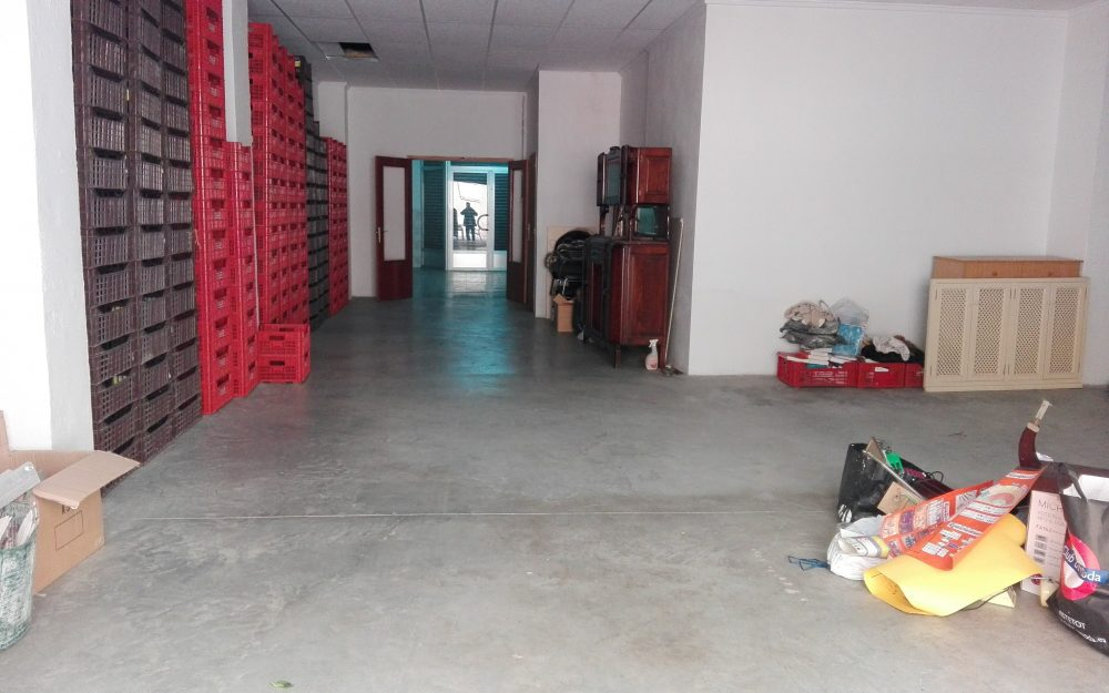 Ref. 000574-Large commercial premises/warehouse for rent in Puerto Sagunto