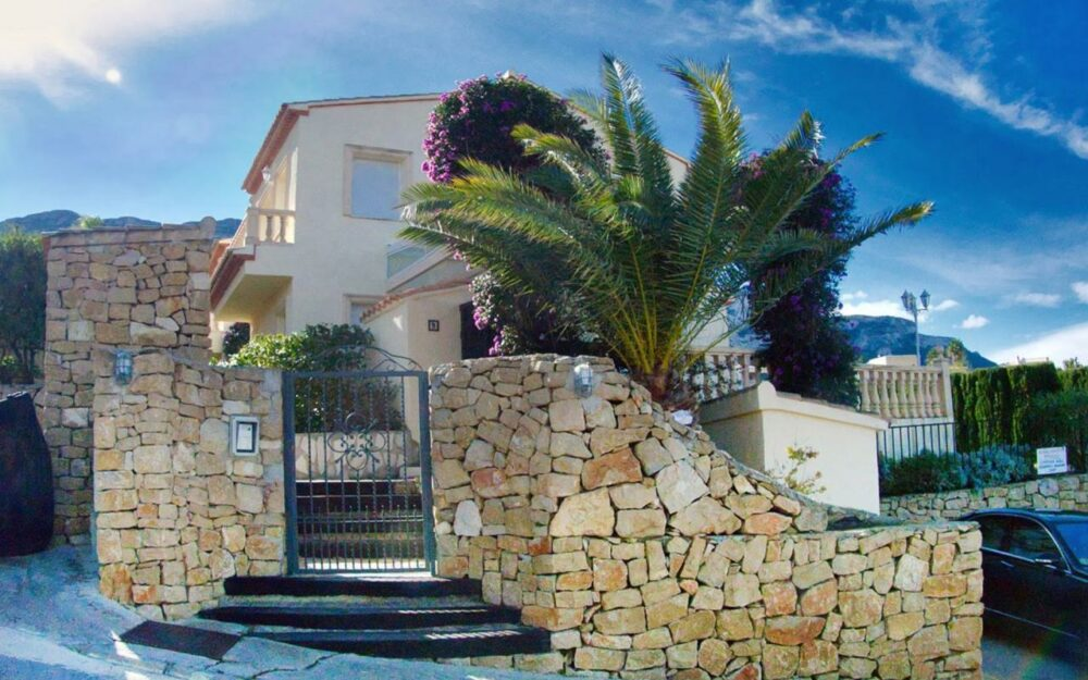 Casa en alquiler en Troya – Denia – Ref. 001094