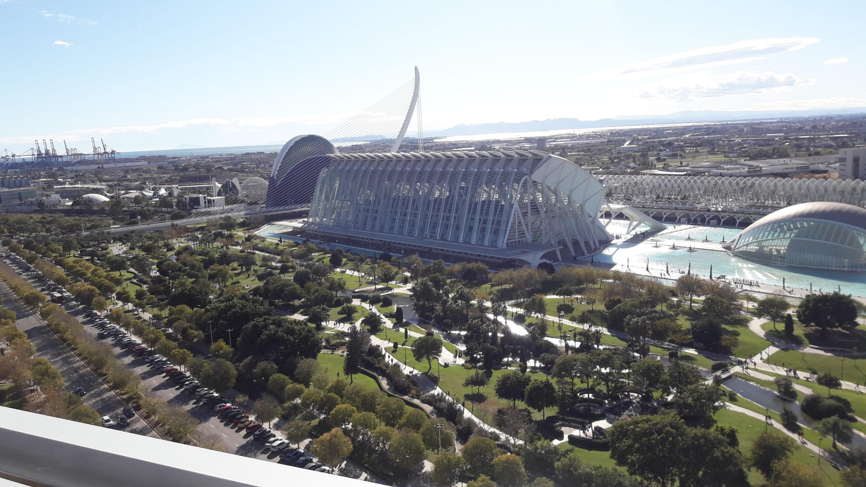 """Piso en """"Torre de Francia"""", Valencia – Ref. 001111"""