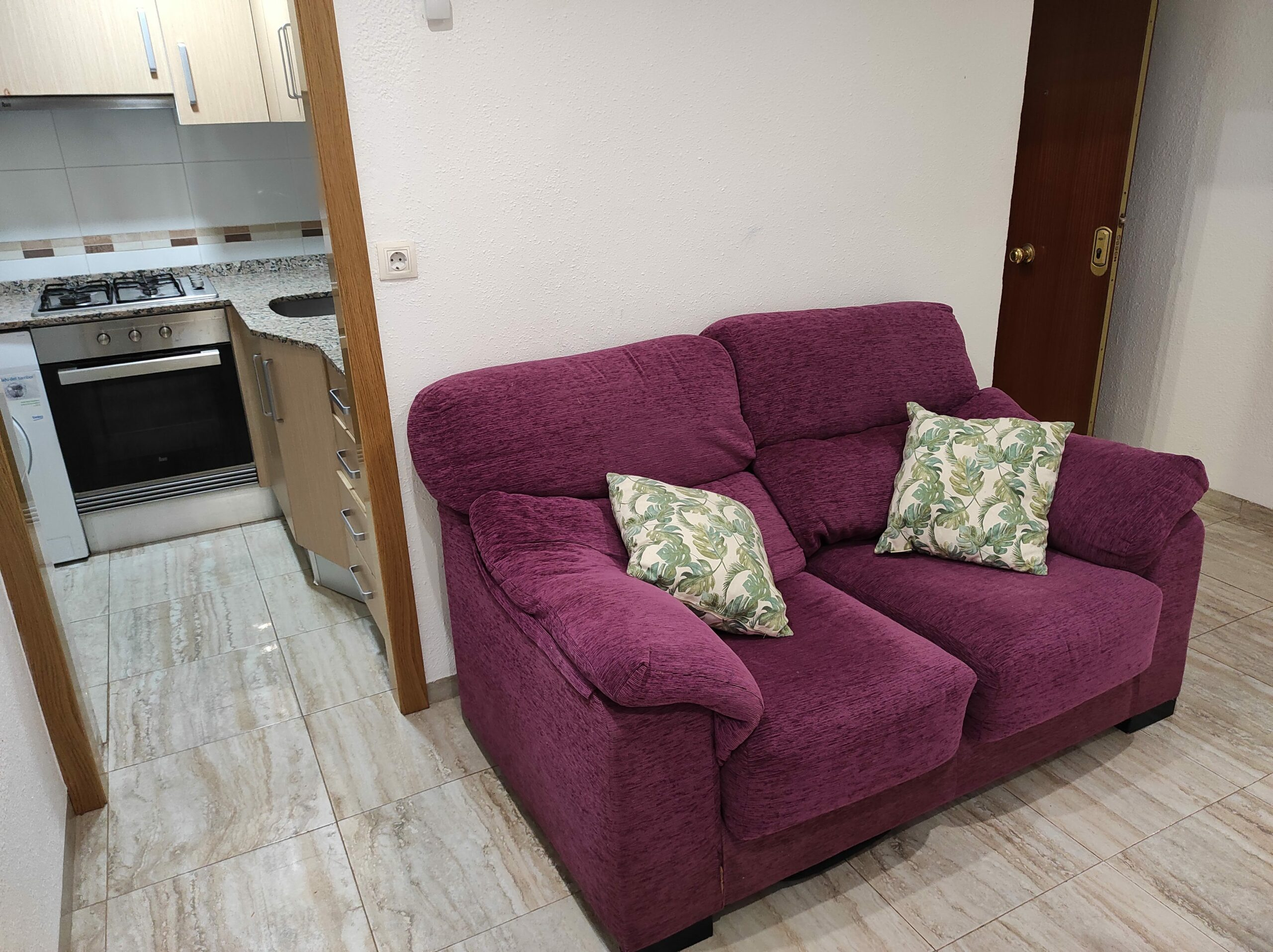 Apartment for rent in Moncada – Ref. 001136