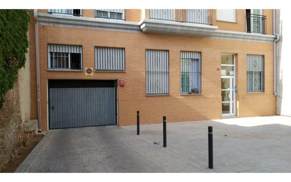 4 plazas de garaje en venta en Alfara del Patriarca – Ref. 001166