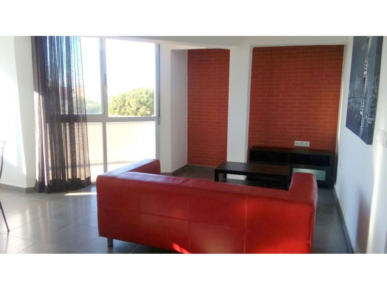 Appartement à louer à Moncada – Réf.001177
