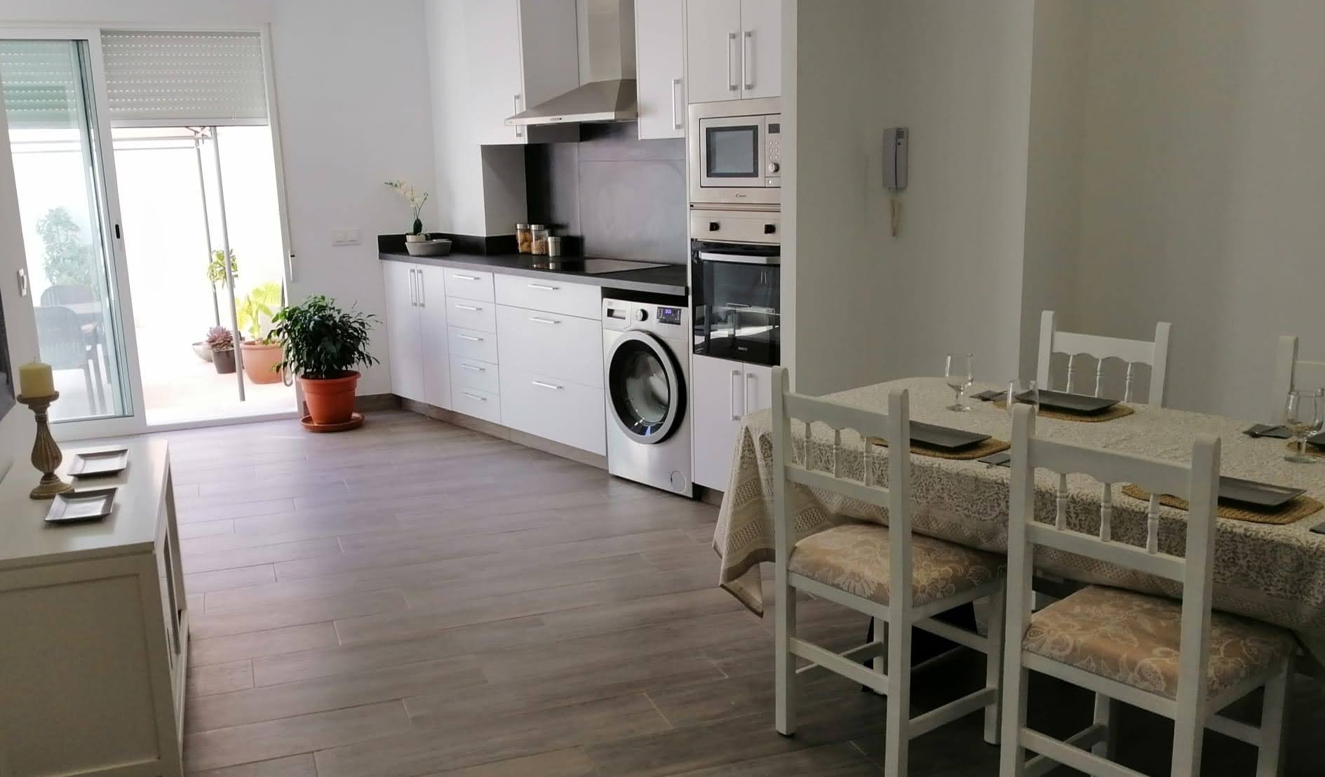 Student rooms in shared apartment for rent in Moncada – Ref. 001220