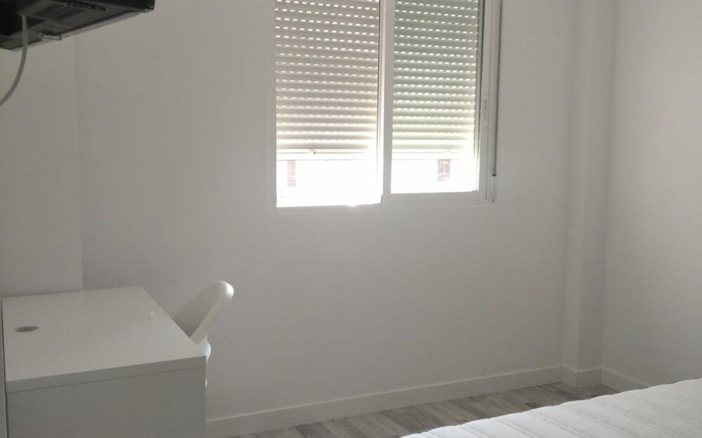 Habitacion de estudiante en alquiler en piso nuevo Moncada – Ref. 001230